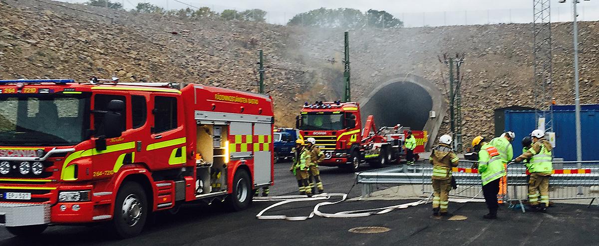 Övning i Hallndsåstunneln